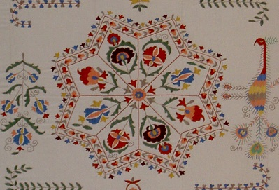 Uzbek decorative wall hanging (c) CESS